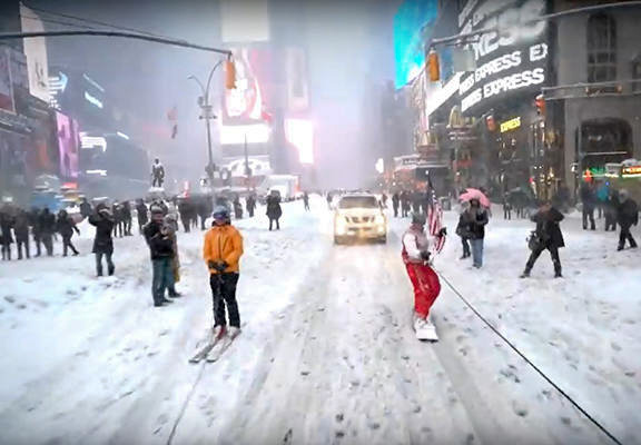 Storm Jonas whites-out Times Square in New York City. Online photo
