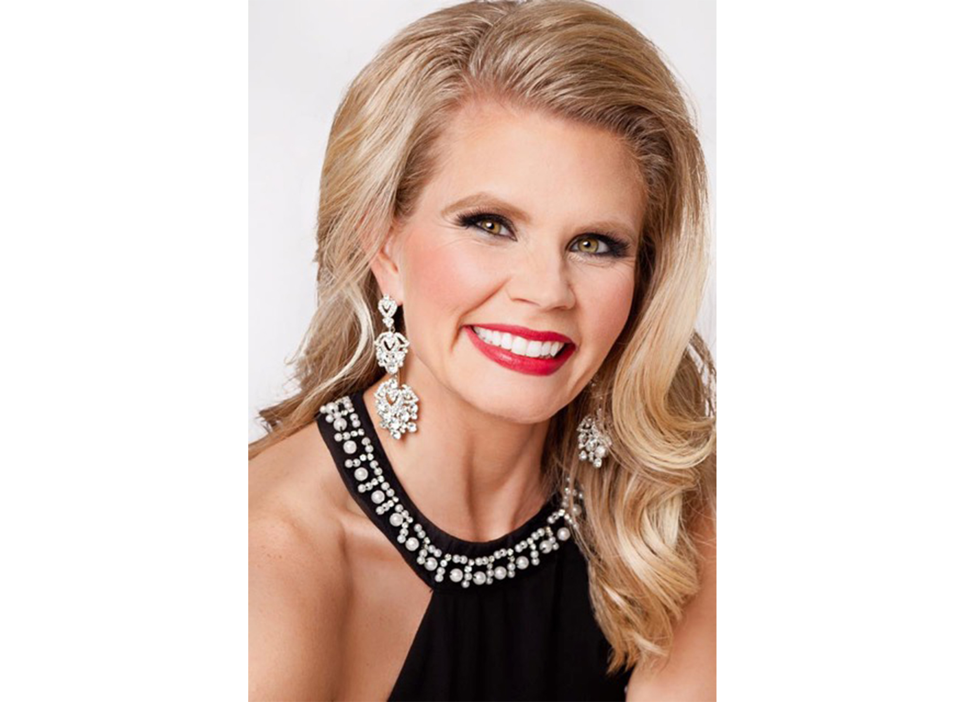 Erin Engelke is running for Mrs. Oklahoma on March 19. Submitted photo
