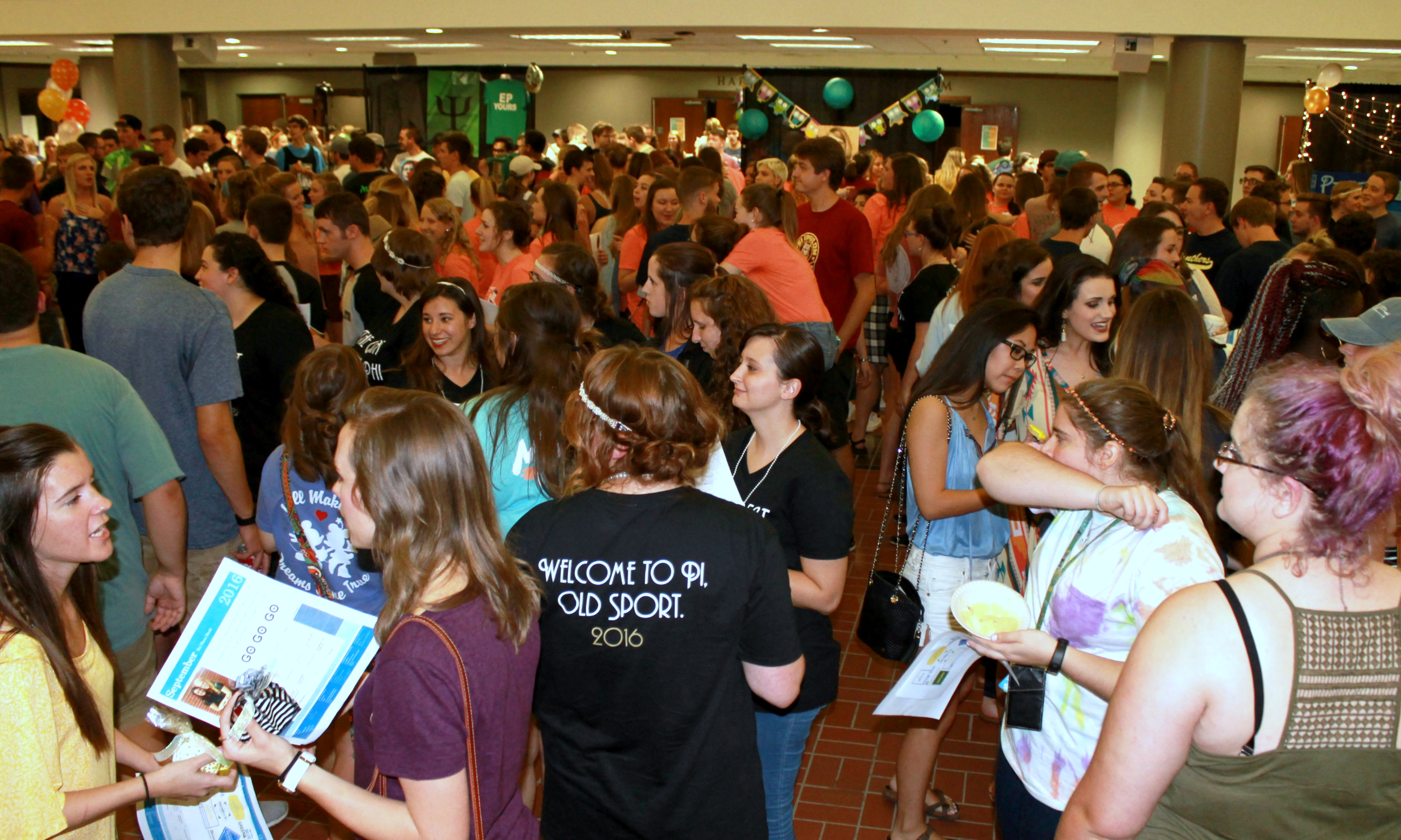 Potential rushees mingling in the Conservatory during Club Night. Photo by Allyson Hazelrigg.