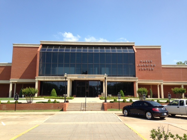 Oklahoma Christian University's Beam Library/Mabee Learning Center